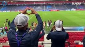 VIDÉO : Les célébrations du PSG après l'Atalanta. Dugout