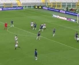 e but sompteux de Cristiano Zanetti contre l' Atalanta. DUGOUT