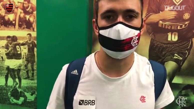 Arrascaeta exalta garotos da base e garra do Flamengo contra o Palmeiras. DUGOUT
