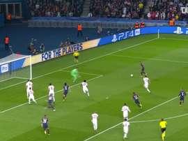 Les 5 plus beaux buts de Dani Alves avec le Paris Saint-Germain. DUGOUT