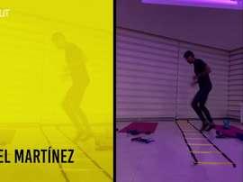 Jogadores do Barcelona de Guayaquil adaptam os trabalhos à rotina caseira. DUGOUT
