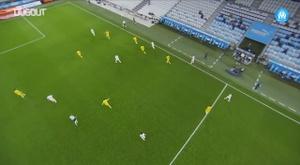 La touche incroyable de Sakaï contre Nantes. Dugout