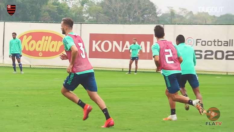 Flamengo continua preparação sob o comando de Maurício Souza. DUGOUT