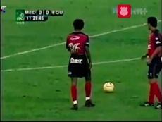 Il calcio di punizione di Juan Cuadrado. Dugout