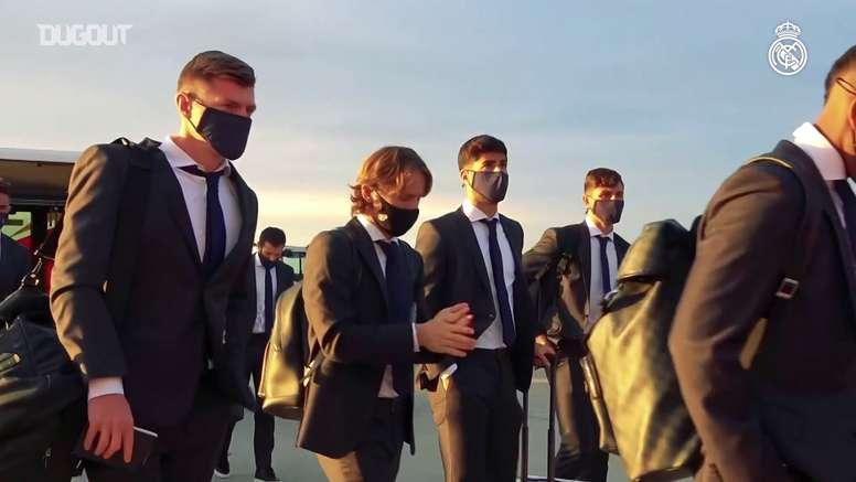 Le Real Madrid arrive en Ukraine. dugout