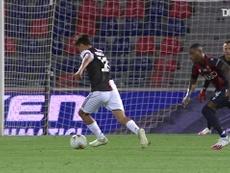 La rete di Dybala contro il Bologna. Dugout