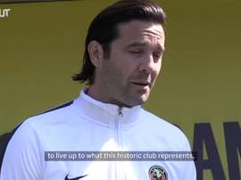 Solari on his arrival to Club América. DUGOUT