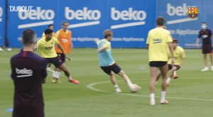 Barca were back training all together. DUGOUT