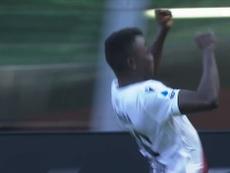 Il primo gol di Juwara in Serie A. Dugout