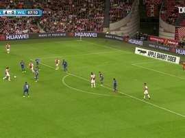 Nouri dejó grandes momentos luciendo los colores del Ajax. Dugout