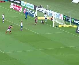 Gabigol começou entre os reservas e entrou em campo para garantir a vitória do Flamengo. DUGOUT