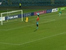 Ferran Torres, capitán de 'la Rojita', asumió la responsabilidad de lanzar el quinto penalti. Dugout