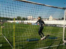 O intenso treino dos goleiros do Corinthians. DUGOUT
