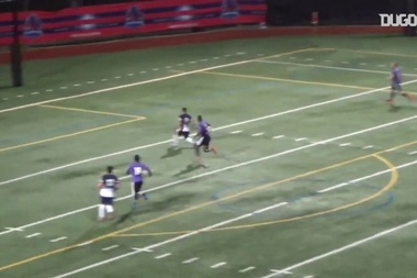 Walter Hernández consegue um hat-trick pelo New Jersey Teamsters. DUGOUT