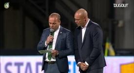 Fernando Ricksen é homenageado pelo Fortuna Sittard. DUGOUT