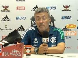 Torrent explica substituição de Everton Ribeiro contra Grêmio. DUGOUT