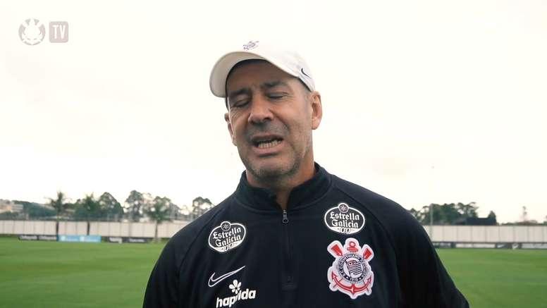 Preparador físico explica semana de treinos do Corinthians de olho no Grêmio. DUGOUT