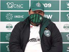 Técnico do Coxa fala sobre a volta da equipe ao futebol. DUGOUT