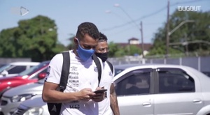 Behind the scenes of Santos' draw vs Ceará at Vila Belmiro. DUGOUT