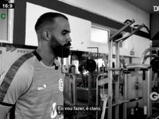 Após quase dez anos na Europa, o Sandro voltou ao futebol brasileiro. DUGOUT