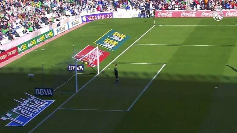 CR7 acerta uma pancada no ângulo contra o Real Betis. DUGOUT