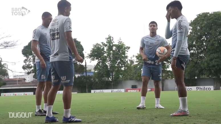 Santos faz último treino antes de confronto decisivo contra LDU. DUGOUT
