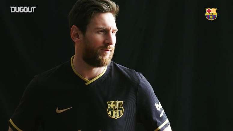 La seconda maglia del Barcellona. Dugout