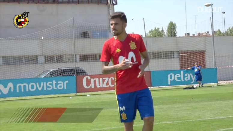 VIDEO: Dani Ceballos's free-kick exhibition in training. DUGOUT
