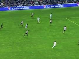 Le joli but de Van Nistelrooy contre Bilbao. DUGOUT