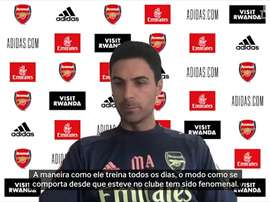 Arteta elogia impacto causado por Emi Martinez no Arsenal. DUGOUT