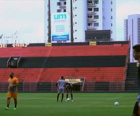 Sport Recife continue to train. DUGOUT