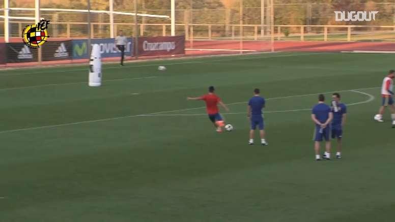 Morata making amazing saves in Spain training. DUGOUT