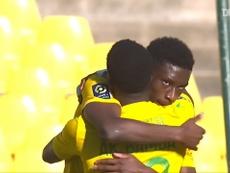 Le joli but de Kolo Muani contre Metz. dugout