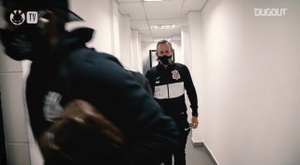 Behind the scenes of Corinthians' victory vs Vasco. DUGOUT