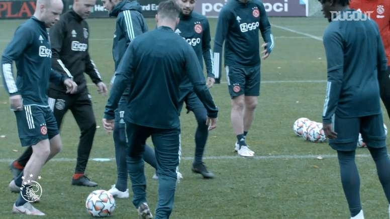 Así se vivió el debut en Champions del Ajax esta temporada. Dugout