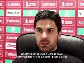 Arteta fica desapontado com eliminação do Arsenal. DUGOUT