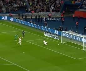 La superbe finition de Neymar Jr face à Angers. DUGOUT