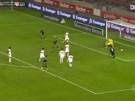 Douglas Costa y su primer gol tras regresar al Bayern. DUGOUT