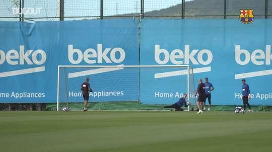 Il Barcellona si prepara alla Champions. Dugout