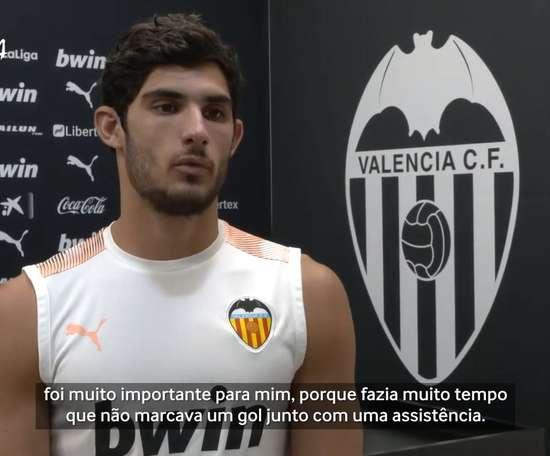 O português do Valencia comentou o lance que viralizou contra o Osasuna. DUGOUT