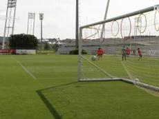 Circuito de precisión en el entrenamiento de la Selección Española femenina. Captura/DUGOUT