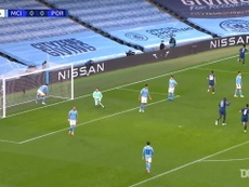 Manchester City come from behind to defeat FC Porto. DUGOUT