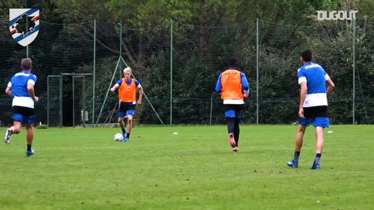 Sampdoria prepare for the match. DUGOUT