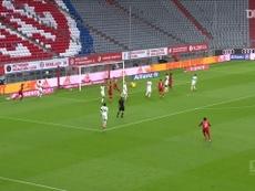 Goretzka marcou na goleada por 5 a 2, na partida disputada contra o Eintracht. DUGOUT