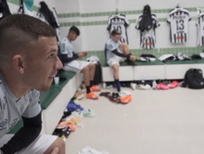 Behind the scenes of Santos' away victory over Coritiba. DUGOUT
