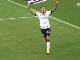 Corinthians were too good for Sport Recife. DUGOUT