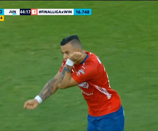 VÍDEO: la diana a distancia de Leonardo Castro. DUGOUT