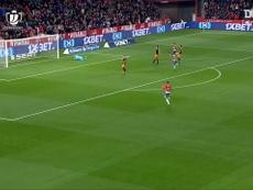 Roberto Soldado scored a brace as Granada beat Valencia in the Copa del Rey. DUGOUT
