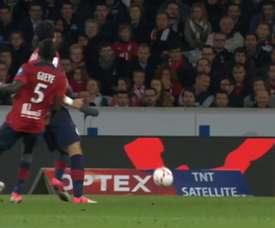 Tous les buts de Lisandro Lopez contre Lille. Dugout