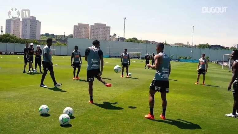Corinthians se prepara para confronto com Fortaleza no Brasileirão. DUGOUT